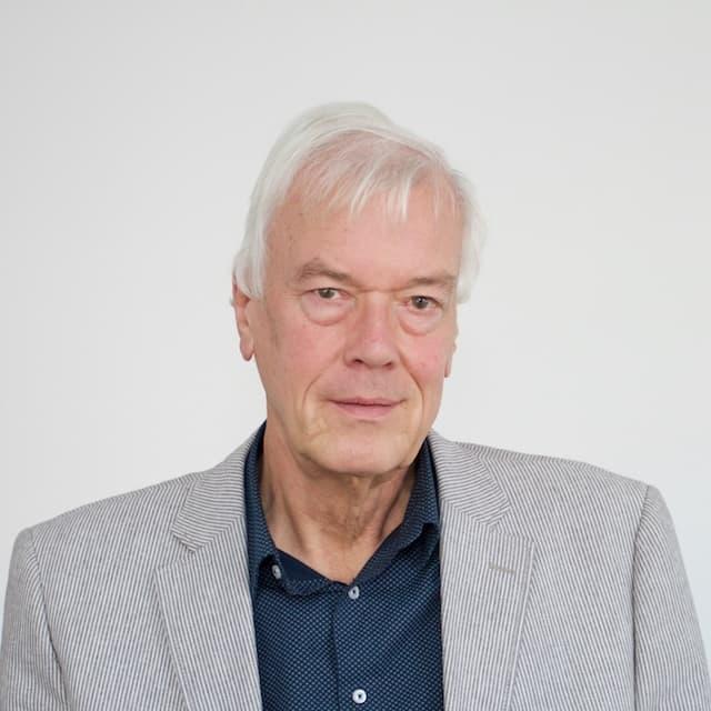 Dr. Hans Renkema